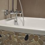 Salle de bain avec baignoire Hôtel St Eloy